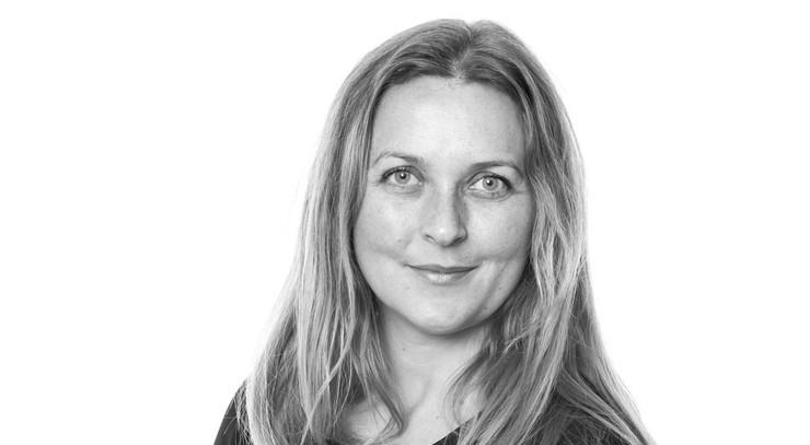 Sarah Auken, mediekonsulent