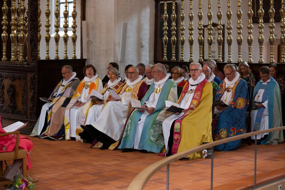 Biskopper som synger