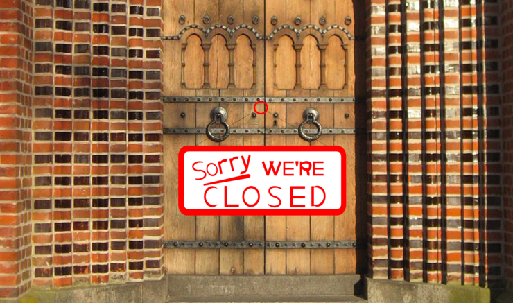 Lukket kirkedør med tekst, sorry we're closed
